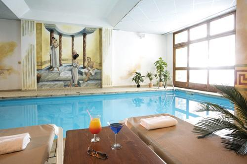 Location au ski Hotel Club Mmv Le Val Cenis - Val Cenis - Piscine