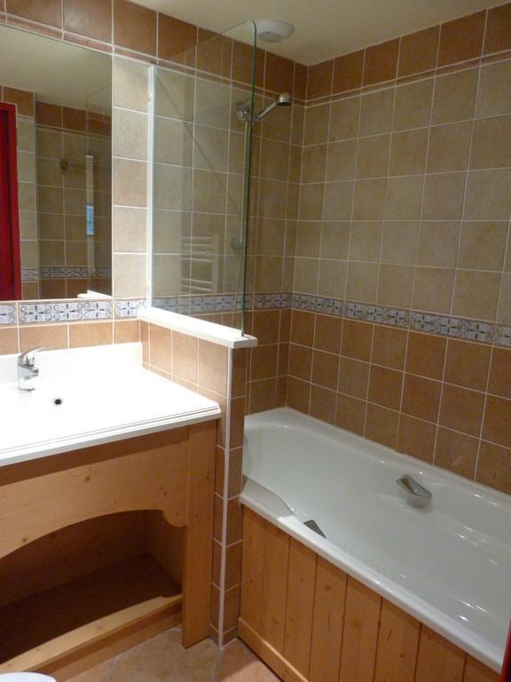 Location au ski Appartement 2 pièces 4 personnes (107) - Residence Les Alpages - Val Cenis - Baignoire