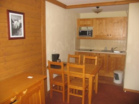 Location au ski Appartement 2 pièces 4 personnes (209) - Residence Les Alpages - Val Cenis - Coin repas