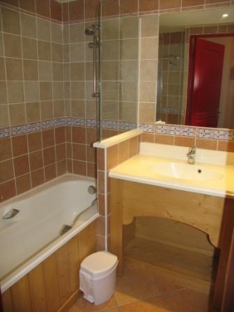 Location au ski Appartement 3 pièces 6 personnes (003) - Residence Les Alpages - Val Cenis - Salle de bains