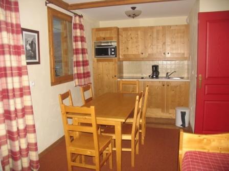 Location au ski Appartement 3 pièces 6 personnes (209) - Residence Les Alpages - Val Cenis - Table