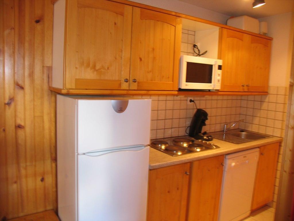 Location au ski Appartement 3 pièces mezzanine 7 personnes (022) - Residences Du Quartier Napoleon - Val Cenis - Kitchenette