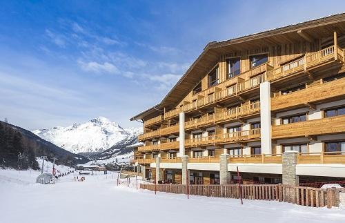 Location au ski Hôtel Saint Charles Val Cenis - Val Cenis - Extérieur hiver
