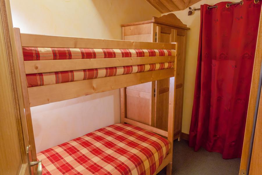 Rent in ski resort Les Balcons de Val Cenis Village - Val Cenis - Cabin