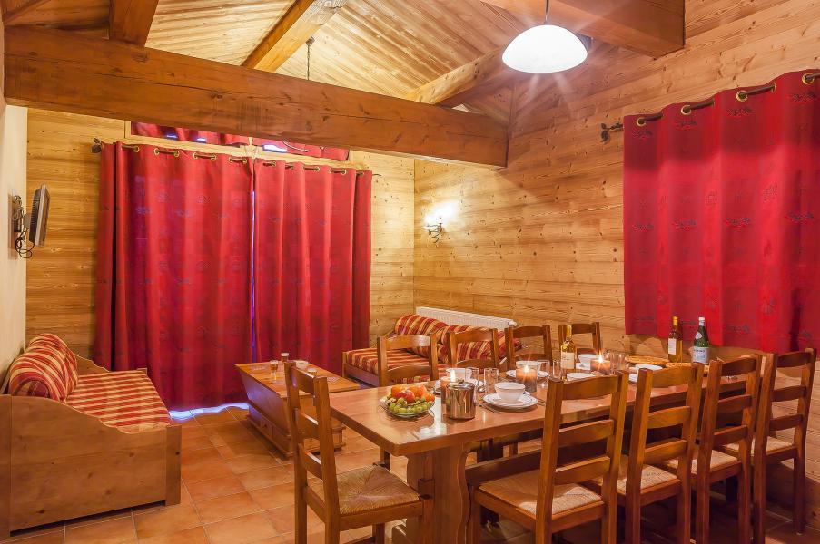 Rent in ski resort Les Balcons de Val Cenis Village - Val Cenis - Dining area