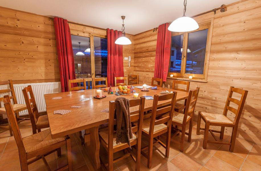 Location au ski Les Balcons de Val Cenis Village - Val Cenis - Table