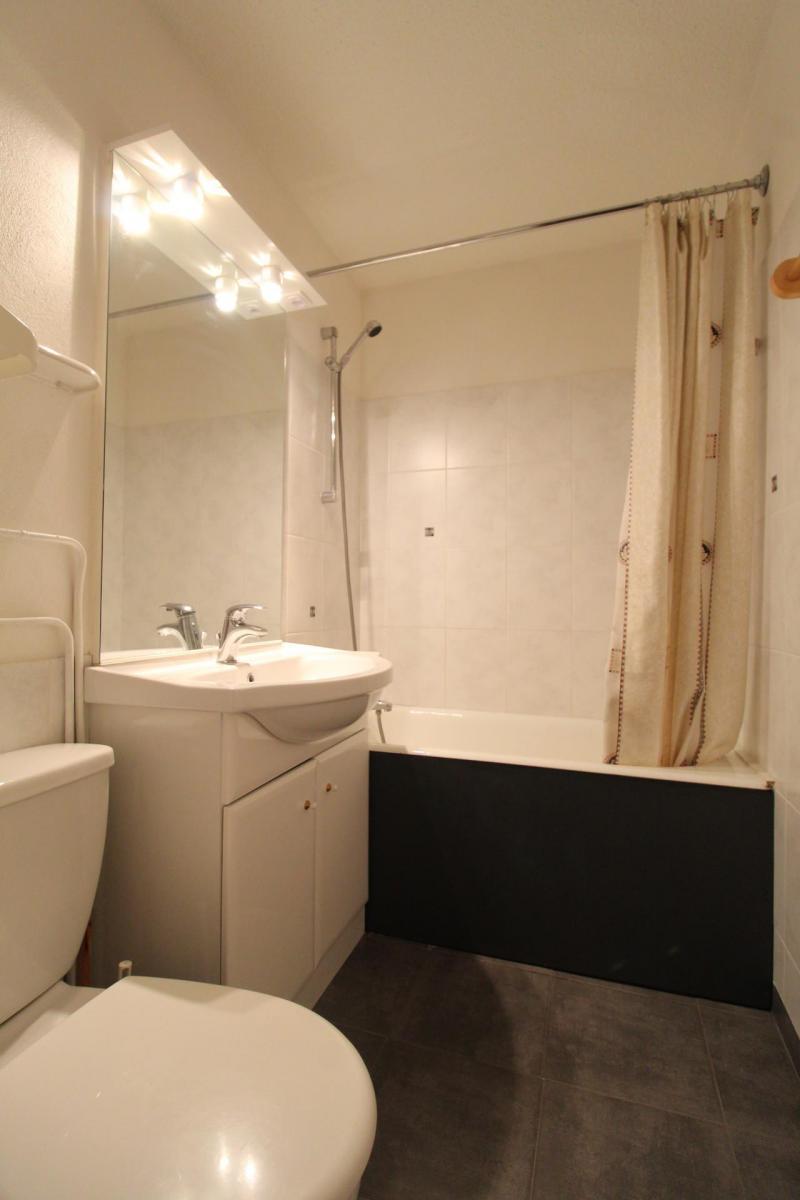 Soggiorno sugli sci Studio per 3 persone (139) - Résidence Bouvreuil - Val Cenis - Vasca da bagno