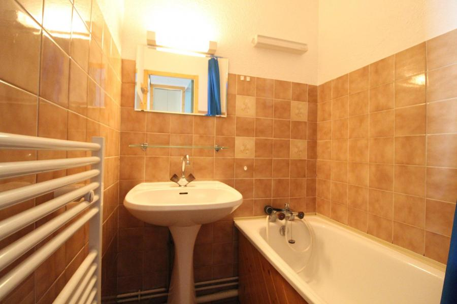 Location au ski Appartement 2 pièces 4 personnes (014) - Résidence Burel - Val Cenis - Salle de bains