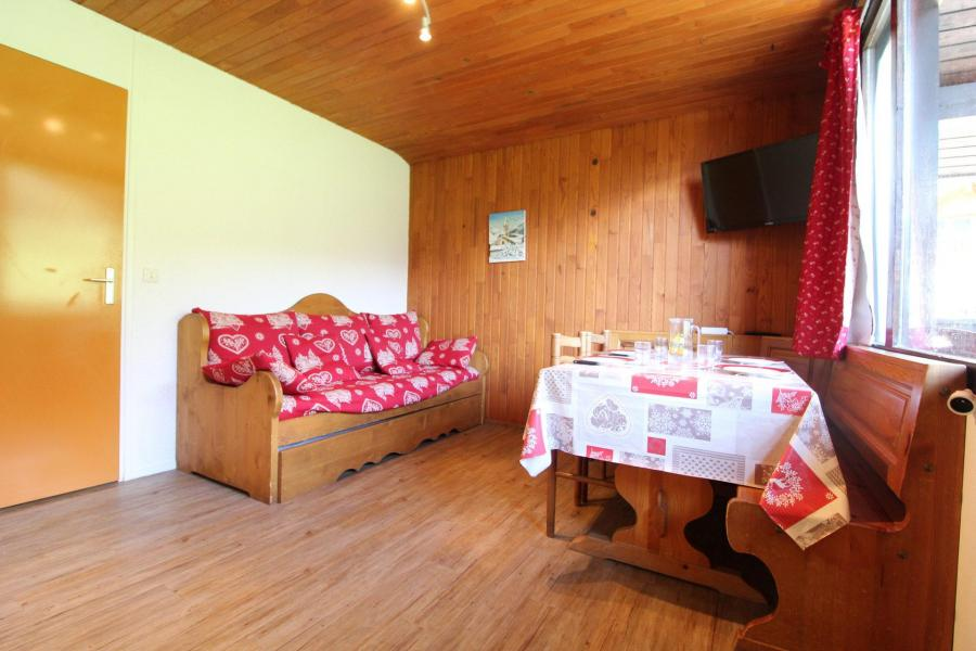 Аренда на лыжном курорте Апартаменты 2 комнат 4 чел. (053) - Résidence Colombaz - Val Cenis - Диван кровать