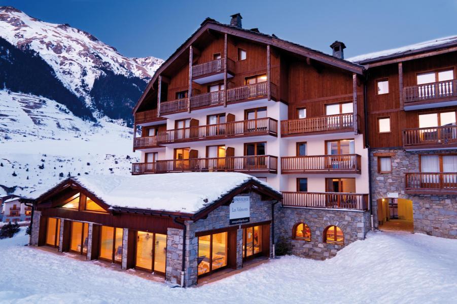 Location au ski Résidence Lagrange les Valmonts de Val Cenis - Val Cenis - Extérieur hiver