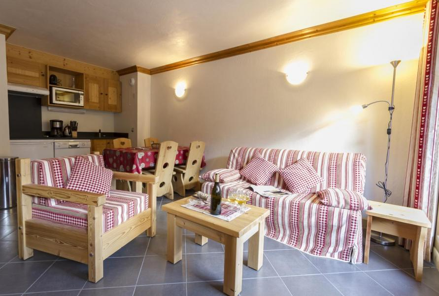 Rent in ski resort 3 room apartment 4-6 people - Residence Le Criterium - Val Cenis - Living room