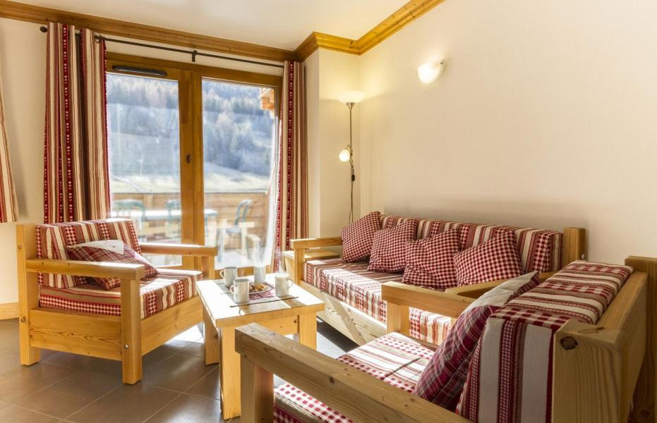 Rent in ski resort 4 room apartment 6 people - Residence Le Criterium - Val Cenis - Settee