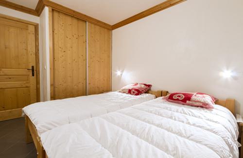 Rent in ski resort Residence Le Criterium - Val Cenis - Bedroom