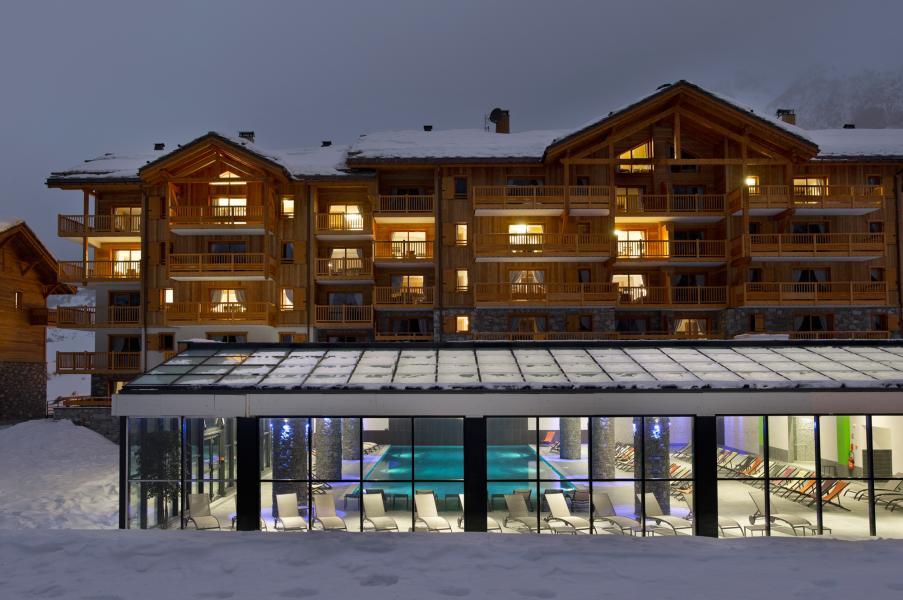 Location au ski Résidence les Chalets de Flambeau - Val Cenis - Extérieur hiver