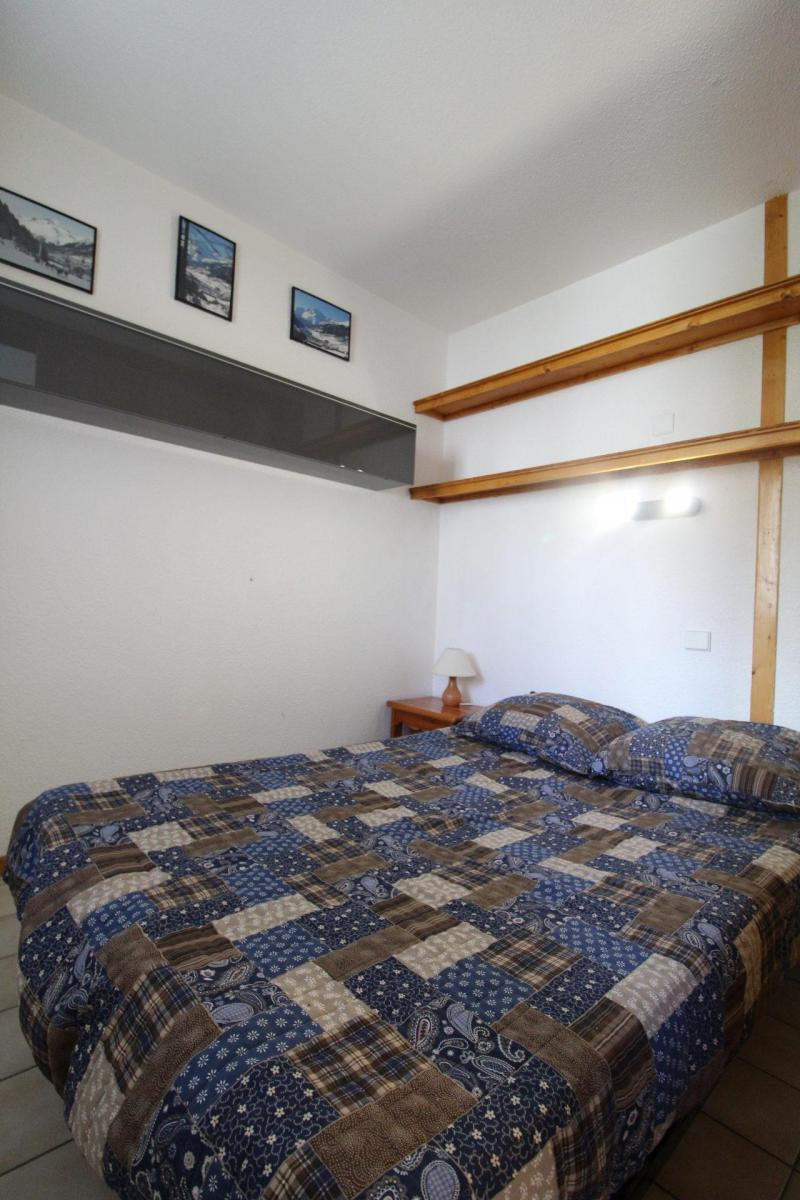 Location au ski Studio cabine 4 personnes (A005) - Résidence Pied de Pistes - Val Cenis