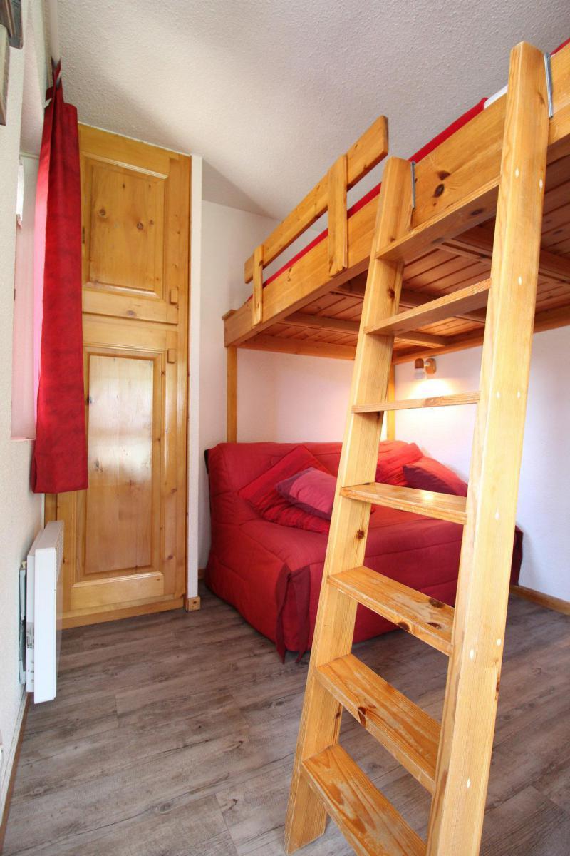 Location au ski Studio cabine 4 personnes (A004) - Résidence Pied de Pistes - Val Cenis