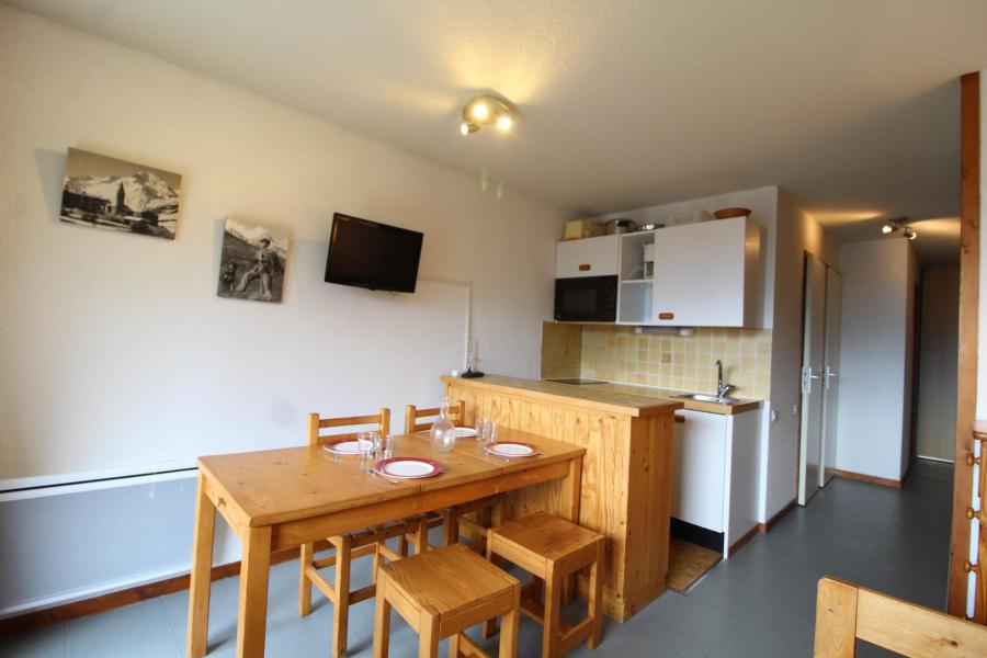 Location au ski Appartement 2 pièces 4 personnes (005) - Résidence Prés du Bois - Val Cenis - Séjour
