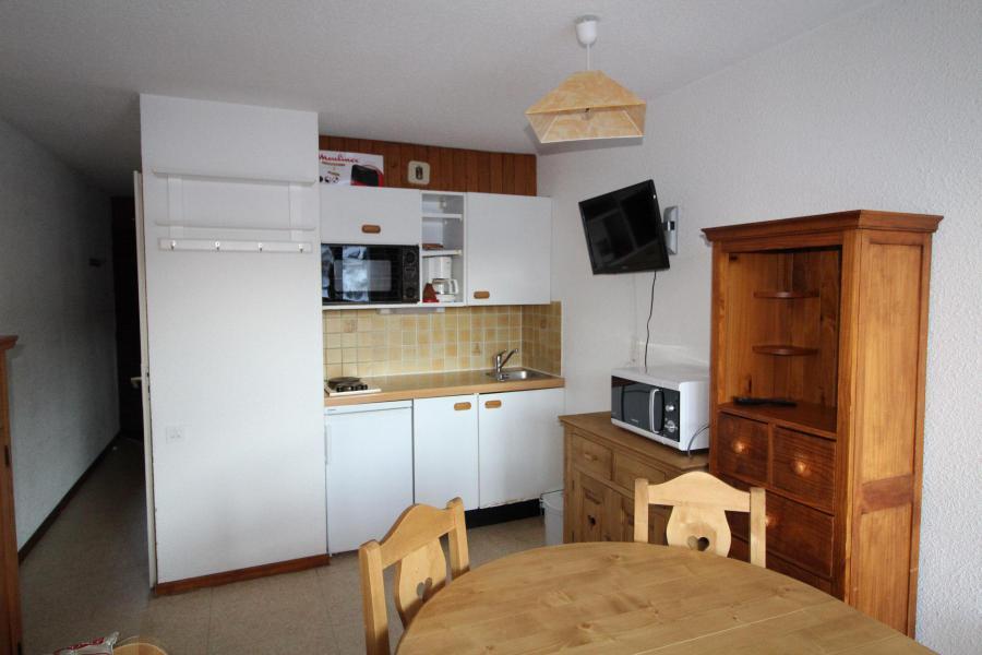 Location au ski Studio coin montagne 3 personnes (010) - Residence Pres Du Bois - Val Cenis - Cuisine ouverte