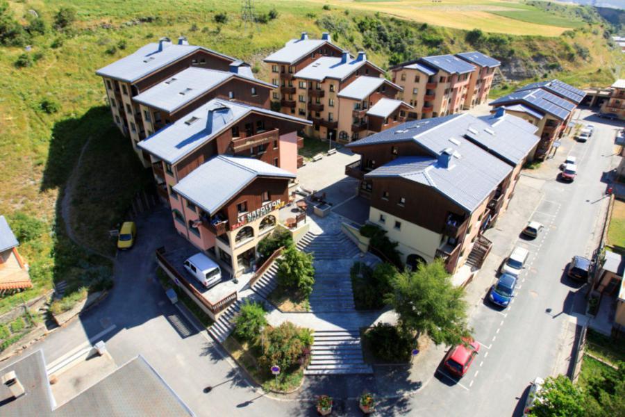 Location au ski Résidences du Quartier Napoléon - Val Cenis - Extérieur hiver