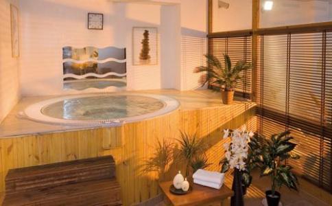 Location au ski Hotel Club Mmv Le Val Cenis - Val Cenis - Jacuzzi