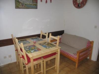 Location au ski Studio mezzanine 4 personnes (072) - Residence Aiglon - Val Cenis - Table