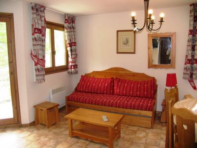 Location au ski Appartement 3 pièces 6 personnes (A69) - Residence Le Bonheur Des Pistes - Val Cenis - Canapé