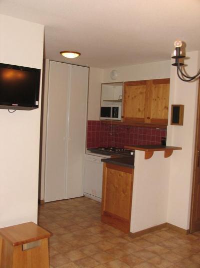 Location au ski Appartement 3 pièces 6 personnes (B12) - Residence Le Bonheur Des Pistes - Val Cenis - Kitchenette