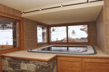 Location au ski Residence Le Bonheur Des Pistes - Val Cenis - Bain à remous