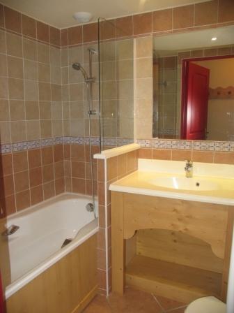 Location au ski Appartement 3 pièces 6 personnes (209) - Residence Les Alpages - Val Cenis - Baignoire