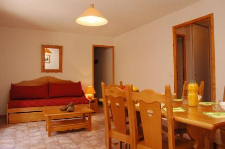 Location au ski Appartement 3 pièces 6 personnes (13) - Residence Les Essarts - Val Cenis - Table