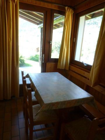 Location au ski Studio 3 personnes (002) - Residence Saint Sebastien - Val Cenis - Table