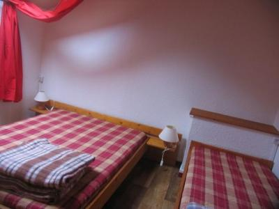 Location au ski Appartement 3 pièces mezzanine 7 personnes (022) - Residences Du Quartier Napoleon - Val Cenis - Chambre