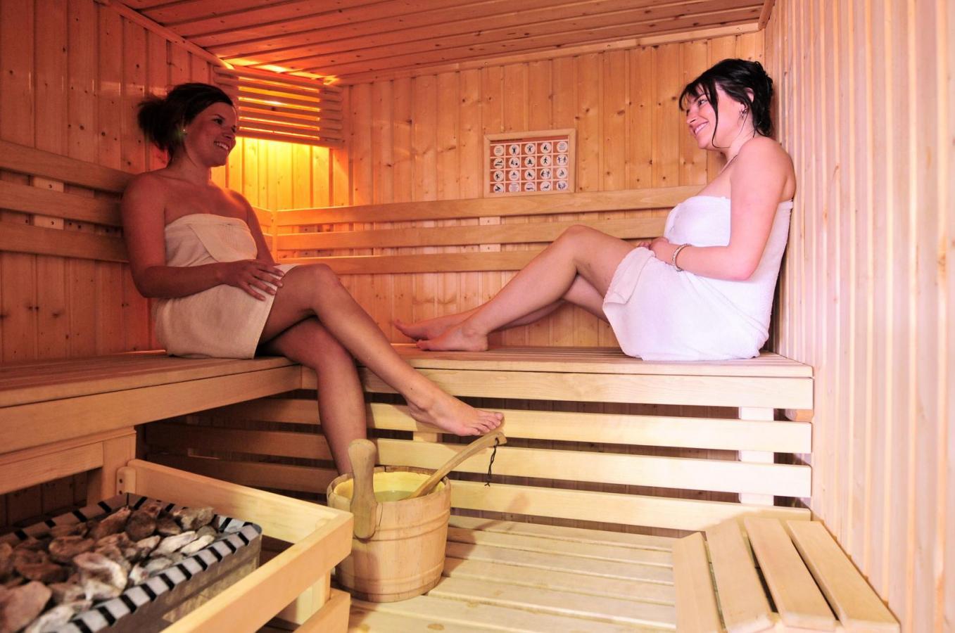 Location au ski Studio 4 personnes - Les Balcons Du Soleil - Val d'Allos - Sauna