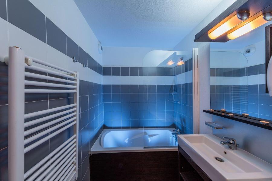 Rent in ski resort Les Terrasses de Labrau - Val d'Allos - Bathroom