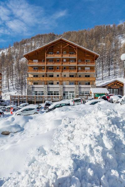 Location au ski Les Terrasses De Labrau - Val d'Allos - Extérieur hiver