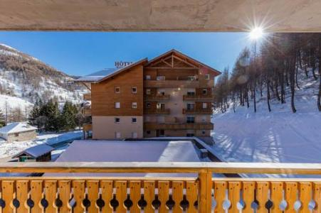 Location au ski Les Terrasses De Labrau - Val d'Allos - Balcon