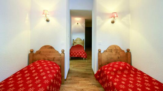 Rent in ski resort Résidence Central Park - Val d'Allos - Single bed