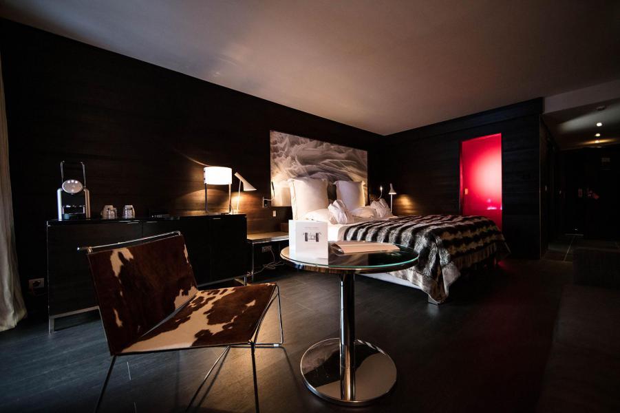 Rent in ski resort Avenue Lodge Hôtel - Val d'Isère - Bedroom