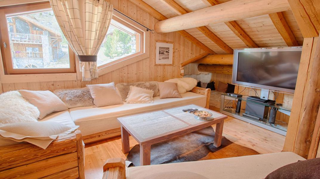 Rent in ski resort Chalet Alexandre - Val d'Isère - Living room