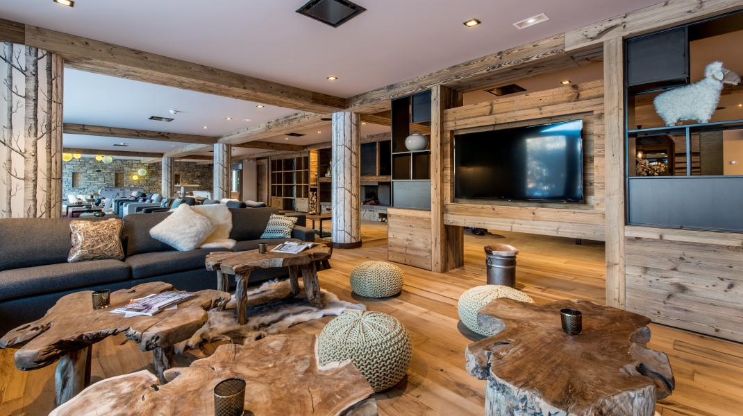 Rent in ski resort Chalet Skadi - Val d'Isère - Reception