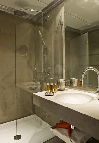 Wynajem na narty Hôtel Ormelune - Val d'Isère - Prysznicem