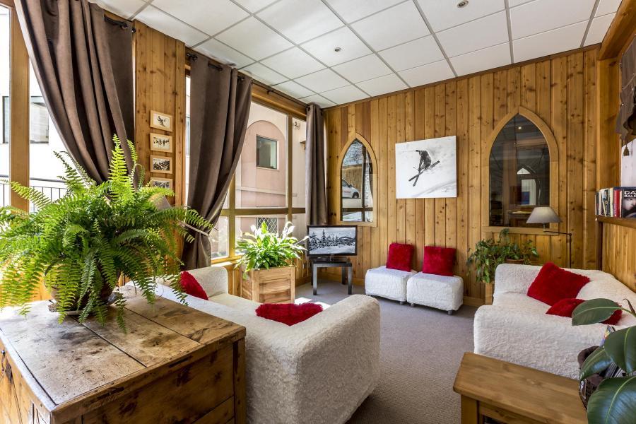 Skiverleih Résidence Alpina Lodge - Val d'Isère - Rezeption
