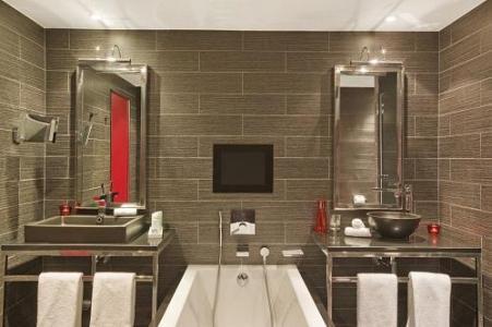 Location au ski Avenue Lodge Hotel - Val d'Isère - Salle de bains