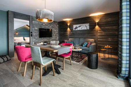 Accommodation at foot of pistes Chalet Izia