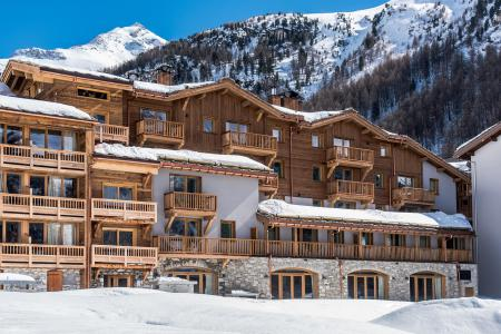 Rent in ski resort Chalet Skadi - Val d'Isère - Winter outside