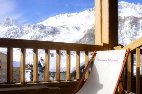 Location au ski Résidence Alpina Lodge - Val d'Isère - Balcon