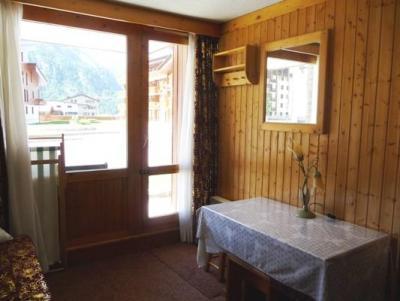 Location au ski Studio 2 personnes (043) - Residence Hameaux De Val - Val d'Isère - Séjour