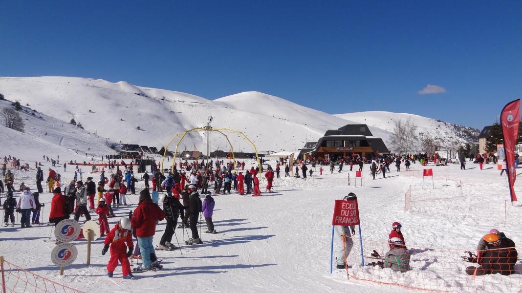 Location au ski Residence Les Gourgs Blancs - Val Louron - Extérieur hiver