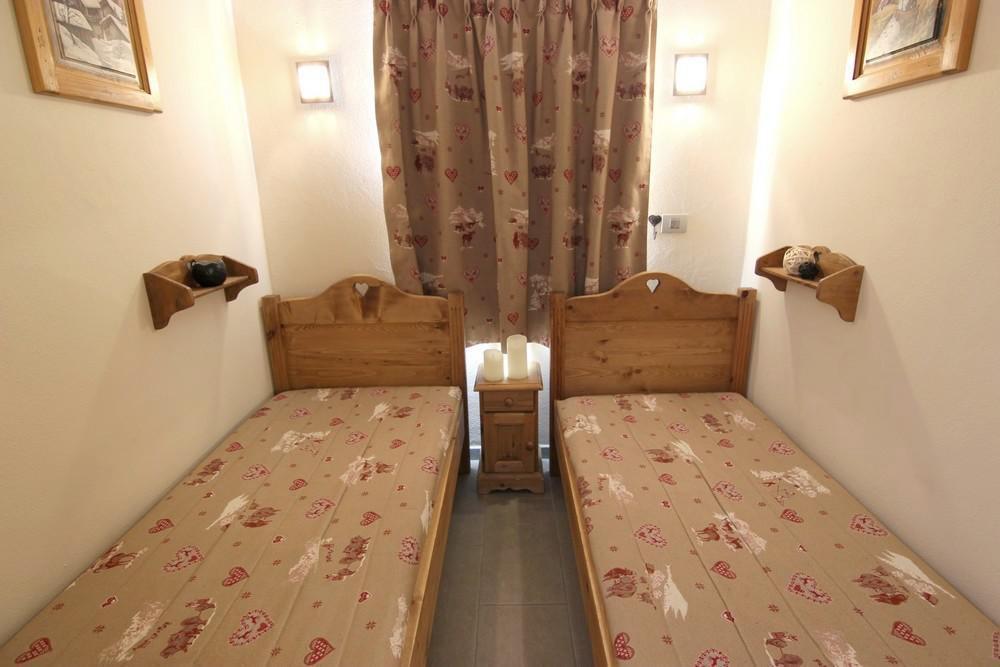 Location au ski Studio cabine 4 personnes (412) - La Residence Altineige - Val Thorens - Chambre