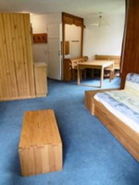 Location au ski Studio 4 personnes (055) - La Residence Les Neves - Val Thorens - Table basse